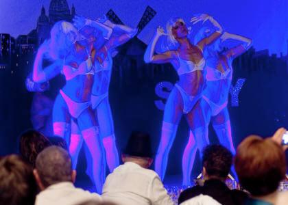 cabaret Paris Crazy Fluo